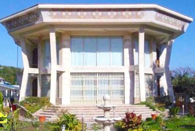 فروش ویلا در لواسان - 2000 متر زمین - (300 متر بنا) -املاک عظیمیان - خرید و فروش