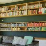 چگونه از کتاب برای بهتر شدن دکوراسیون منزل استفاده کنیم؟ - املاک عظیمیان - کتاب وکتاب خوانی